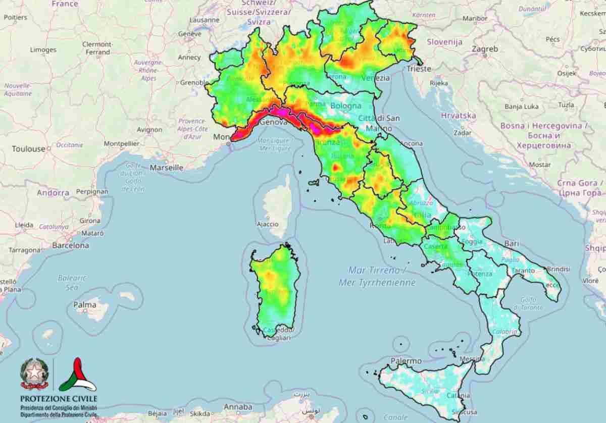LIVE MALTEMPO ITALIA: nubifragi e forti venti, NEVE a bassa quota