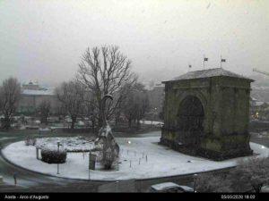 NEVE ITALIA LIVE: nevicate in atto su alcune zone, ATTENZIONE alle PROSSIME ORE a queste quote