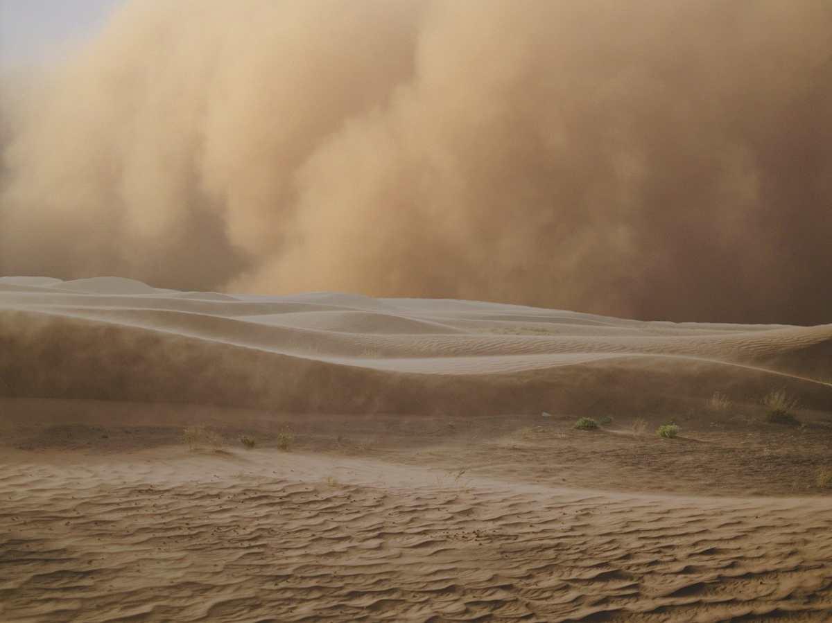 Meteo: Imponete Tempesta di Sabbia in India, ecco il video spettacolare!